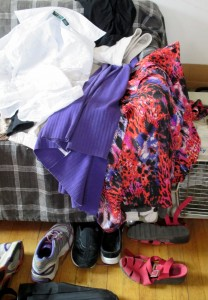 How an expert packs -- not. But at least there are no peasant blouses and not all the clothing items are black