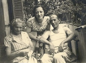 Mizzi Schmerling, Stella and husband Theo, Tel Aviv, 1951