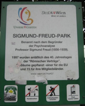 Would Sigmund Freud approve of a park named for him that didn't allow dogs? I think not.